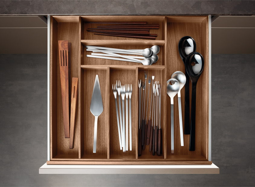 Poggenpohl 20Accessories 20 20Drawer 20with 20cutlery 20inser