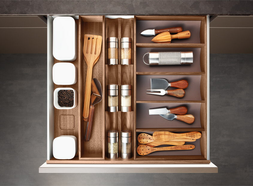 Poggenpohl 20Accessories 20 20Drawer 20with 20spice 20jar 20ban